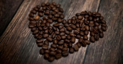 cropped-heart_shaped_coffee_beans_grande.jpg